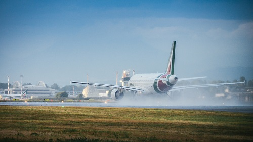 airplanes ready to take off at milan linate2 - Copy