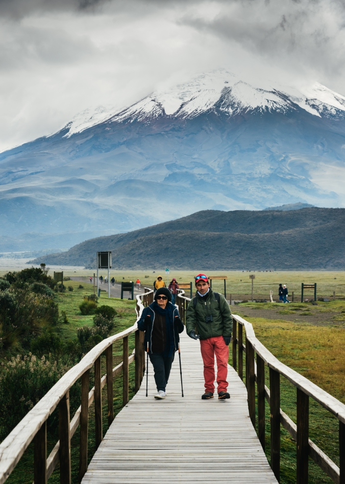 cotopaxi hikers