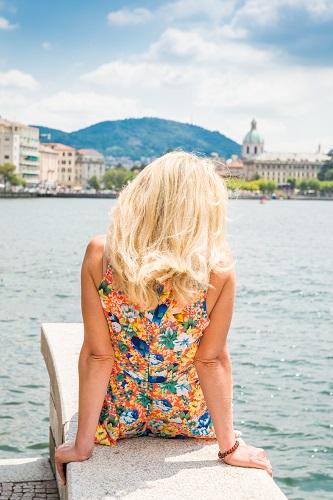 blonde bombshell-6