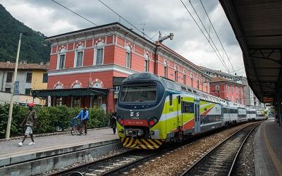 Como rail