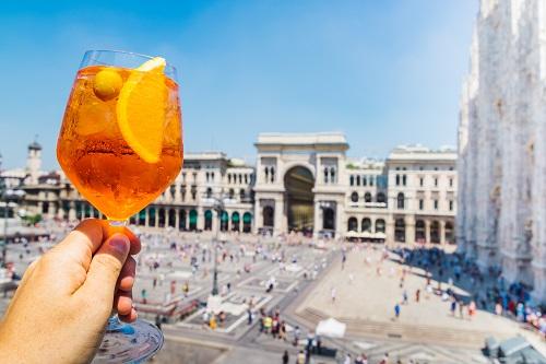 Spritz aperol drink in Milan overlooking Piazza Duomo