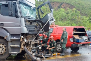 On December 28th, 2017, after a heavy summer rainstorm, three trucks collided on a busy stretch of the BR-386 highway near Belo Horizonte, Minas Gerais, Brazil. Serious traffic accidents are a common occurance in Brazil due to underdeveloped infrastructure