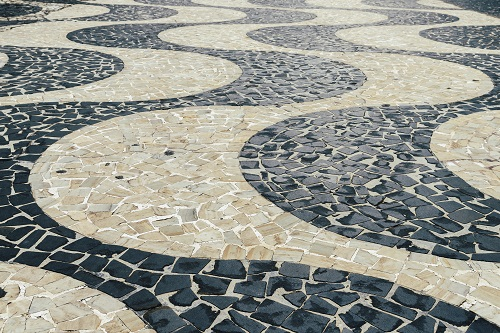 Pedras Portuguesas winding pattern
