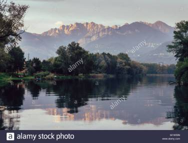 river-adda-in-northern-italy-close-to-lake-como-at-sunset-fine-art-M1W59N