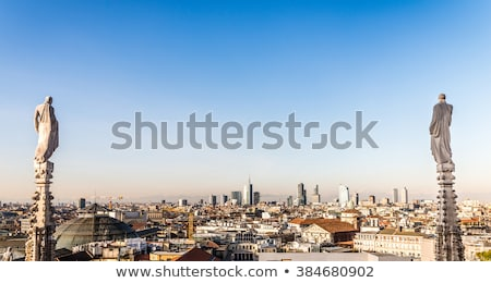 gothic-spire-on-roof-milan-450w-384680902