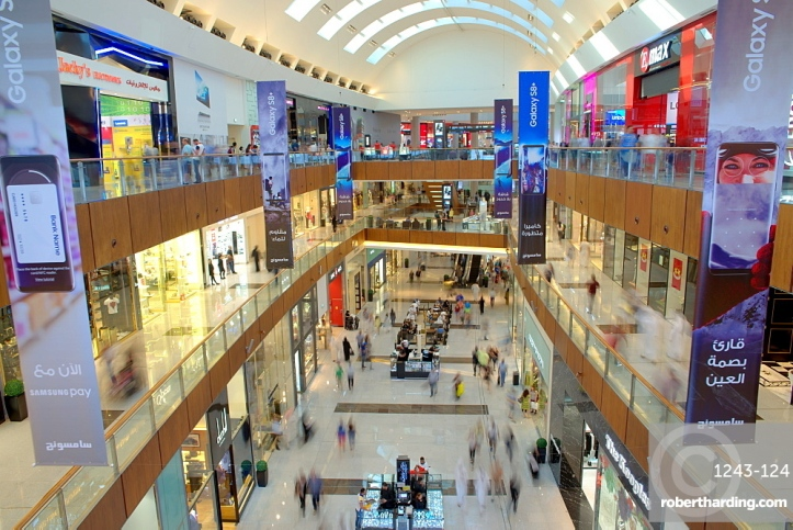 Dubai Mall, the largest shopping mall in the world with 1200 shops, part of the Burj Khalifa complex, Dubai, UAE